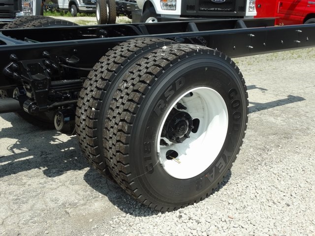 2018 F-750 Regular Cab DRW 4x2,  Cab Chassis #56066 - photo 8