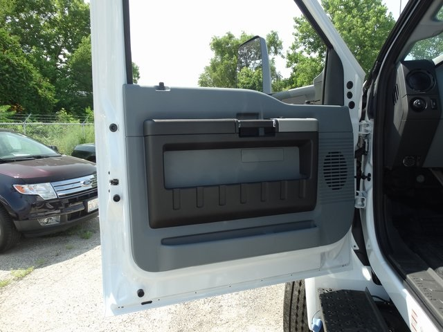 2018 F-750 Regular Cab DRW 4x2,  Cab Chassis #56066 - photo 9