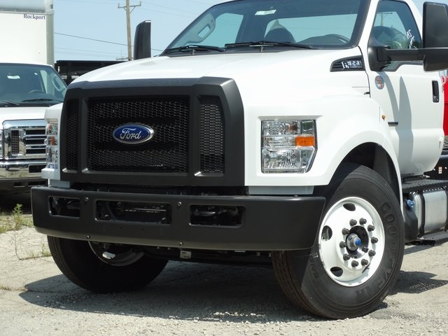 2018 F-650 Regular Cab DRW 4x2,  Cab Chassis #56118 - photo 3