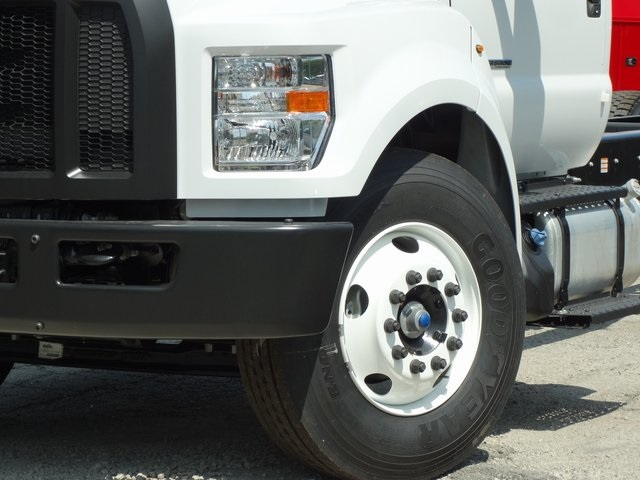 2018 F-650 Regular Cab DRW 4x2,  Cab Chassis #56118 - photo 4