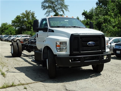 2018 F-650 Regular Cab DRW 4x2,  Cab Chassis #56122 - photo 6