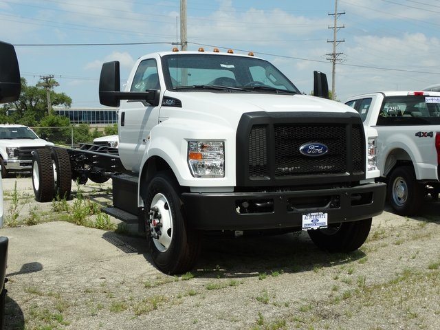 2018 F-750 Regular Cab DRW 4x2,  Cab Chassis #56123 - photo 6