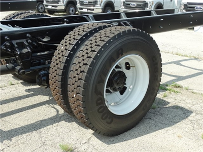2018 F-750 Regular Cab DRW 4x2,  Cab Chassis #56123 - photo 8