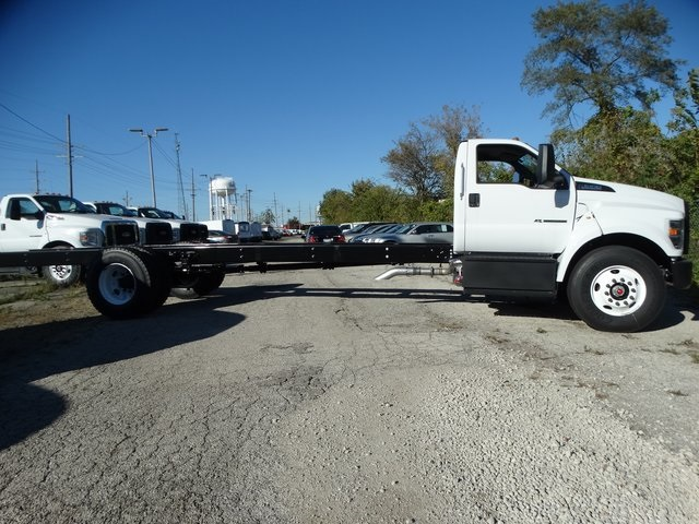 2018 F-650 Regular Cab DRW 4x2,  Cab Chassis #56170 - photo 11