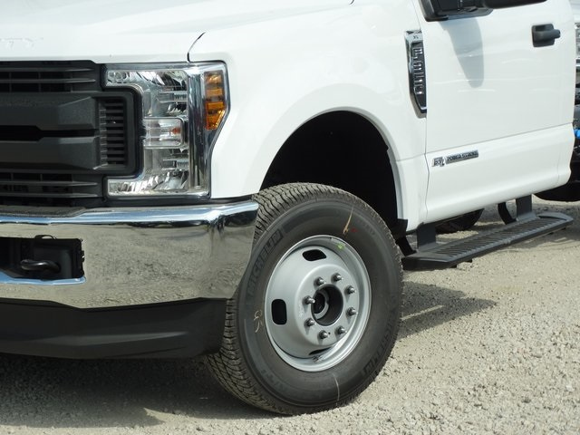 2019 F-350 Regular Cab DRW 4x2,  Cab Chassis #56189 - photo 4