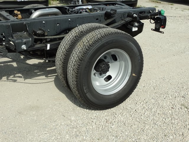 2019 F-350 Regular Cab DRW 4x4,  Cab Chassis #56198 - photo 8