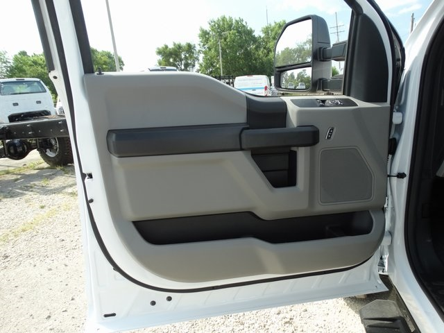 2019 F-350 Regular Cab DRW 4x4,  Cab Chassis #56198 - photo 9
