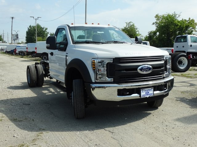2019 F-450 Regular Cab DRW 4x2,  Cab Chassis #56207 - photo 6
