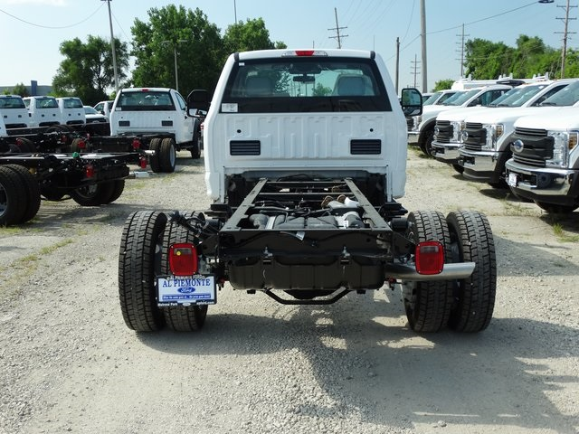 2019 F-450 Regular Cab DRW 4x2,  Cab Chassis #56207 - photo 7