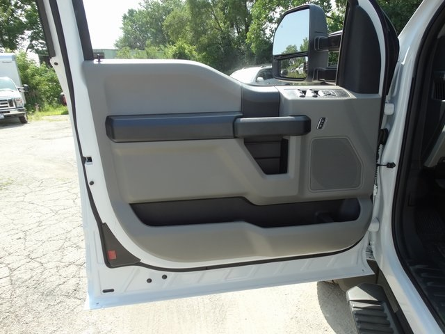 2019 F-550 Super Cab DRW 4x2,  Cab Chassis #56234 - photo 9