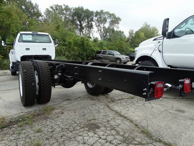 2019 F-750 Regular Cab DRW 4x2,  Cab Chassis #56343 - photo 2