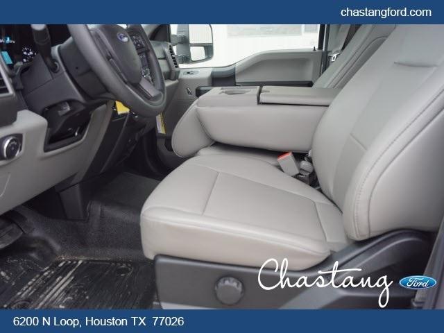 2019 F-550 Regular Cab DRW 4x2,  General Platform Body #KDA04459 - photo 8