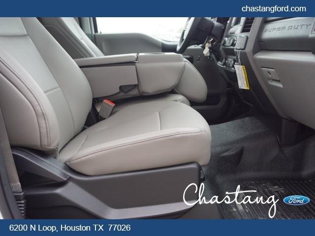 2019 F-550 Regular Cab DRW 4x2,  General Platform Body #KDA04459 - photo 9