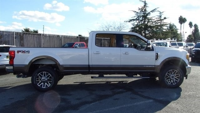 2017 F-350 Crew Cab 4x4 Pickup #F17998 - photo 5