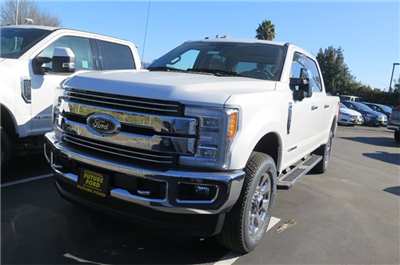 2018 F-250 Crew Cab 4x4, Pickup #F20338 - photo 1