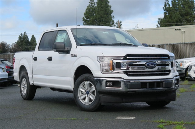 2018 F-150 SuperCrew Cab, Pickup #F20457 - photo 1