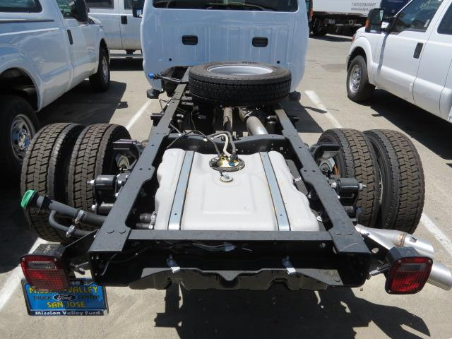 2016 F-550 Regular Cab DRW, Cab Chassis #2167391 - photo 5
