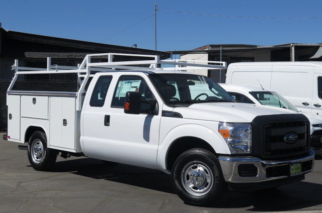 2016 F-250 Super Cab, Service Body #F348129 - photo 4