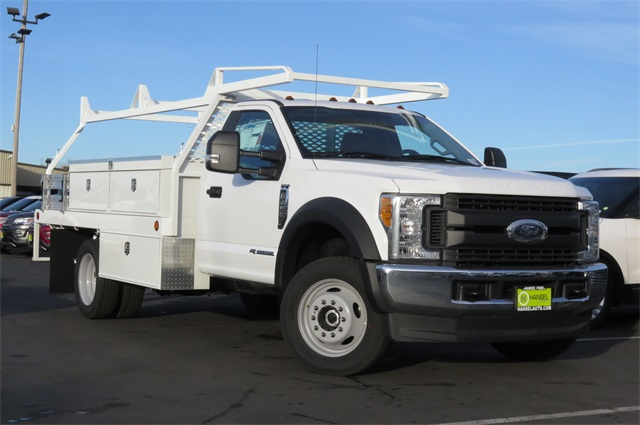 2017 F-450 Regular Cab DRW 4x4, Scelzi Contractor Body #F348778 - photo 3