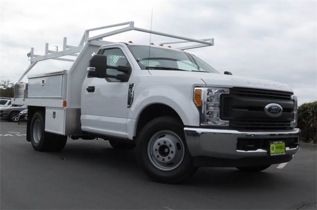 2017 F-350 Regular Cab DRW, Contractor Body #F349430 - photo 3