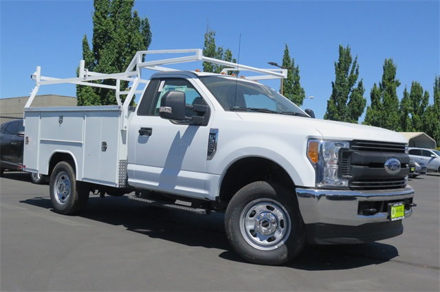 2017 F-350 Regular Cab 4x4 Service Body #F349863 - photo 3