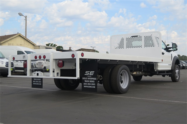 2017 F-550 Regular Cab DRW 4x4, Scelzi Platform Body #F349949 - photo 2