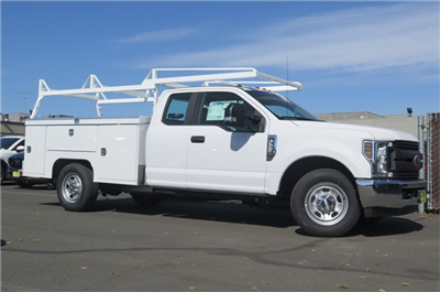 2018 F-350 Super Cab, Scelzi Signature Service Service Body #F351817 - photo 3