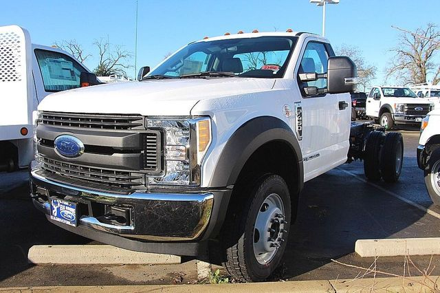 2017 F-450 Regular Cab DRW, Cab Chassis #23458 - photo 4