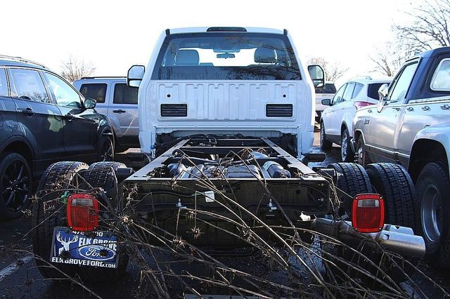 2017 F-450 Regular Cab DRW, Cab Chassis #23467 - photo 4