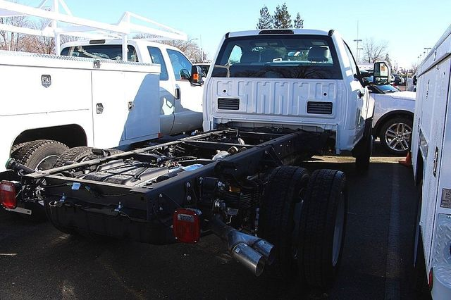 2017 F-550 Regular Cab DRW, Cab Chassis #23468 - photo 2