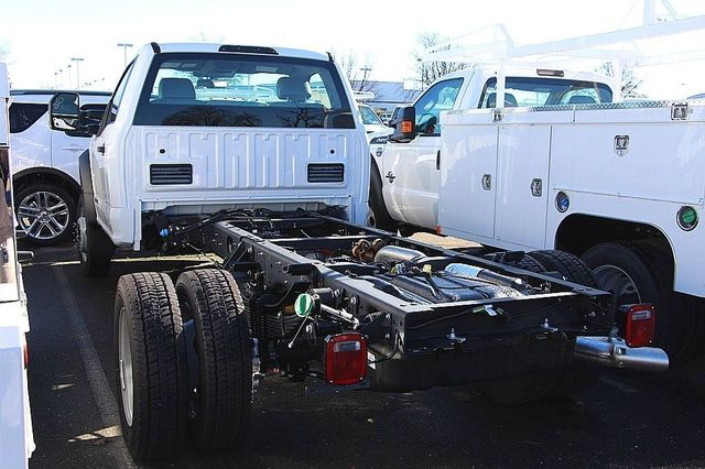 2017 F-550 Regular Cab DRW, Cab Chassis #23468 - photo 5