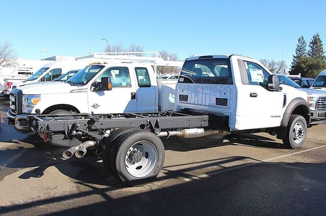 2017 F-450 Regular Cab DRW, Cab Chassis #23509 - photo 2