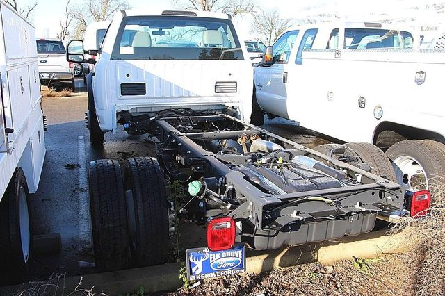 2017 F-550 Regular Cab DRW, Cab Chassis #23510 - photo 2