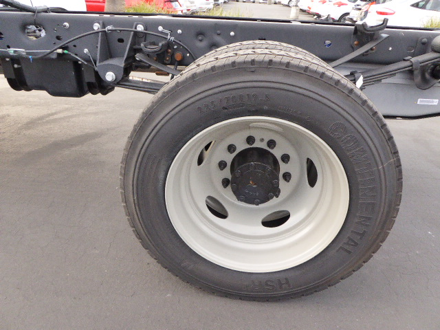 2016 F-450 Crew Cab DRW 4x4, Cab Chassis #49019 - photo 10