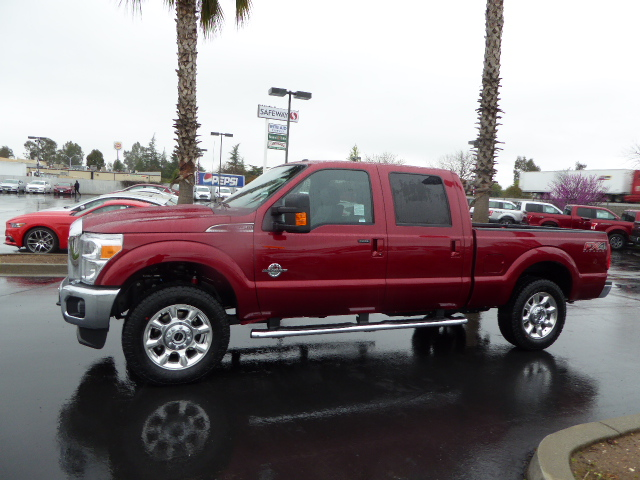 2016 F-250 Crew Cab 4x4, Pickup #49163 - photo 3