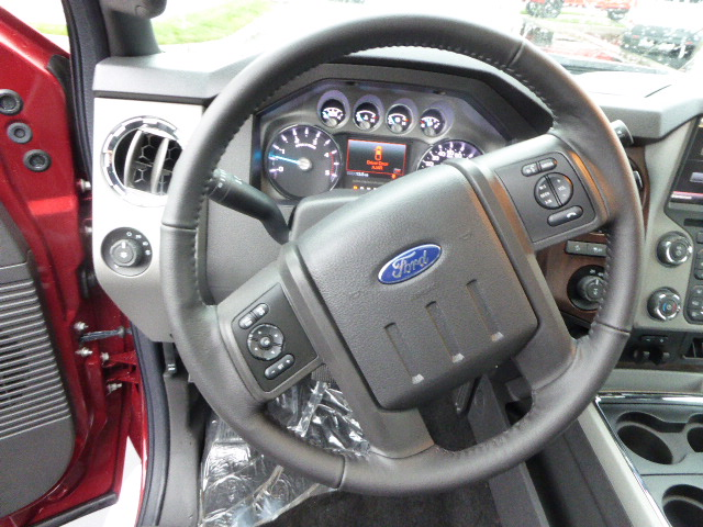2016 F-250 Crew Cab 4x4, Pickup #49163 - photo 6