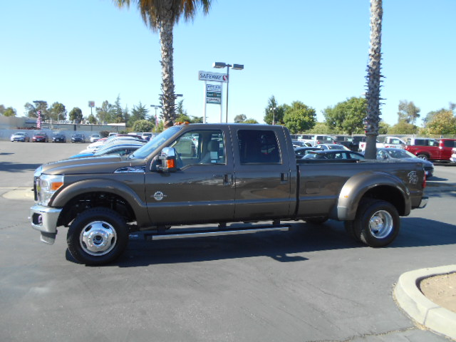 2016 F-350 Crew Cab DRW 4x4, Pickup #49293 - photo 3