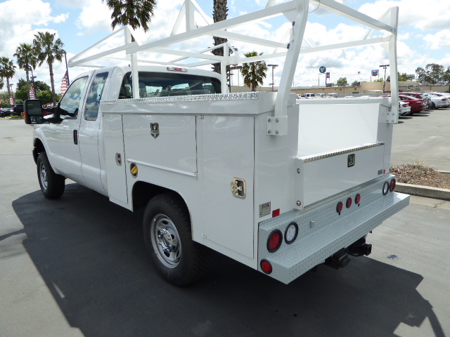 2016 F-250 Super Cab 4x4, Scelzi Service Body #49351 - photo 2