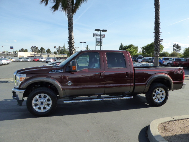 2016 F-250 Crew Cab 4x4, Pickup #49517 - photo 3