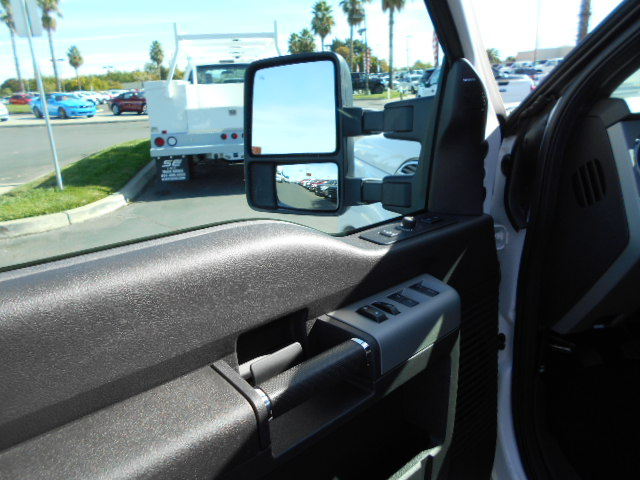 2016 F-250 Crew Cab 4x4, Pickup #49523 - photo 5