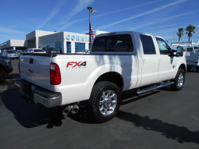 2016 F-250 Crew Cab 4x4, Pickup #49523 - photo 2