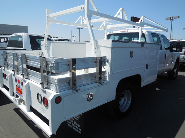 2016 F-550 Super Cab DRW 4x4, Harbor Service Utility Van #49779 - photo 18
