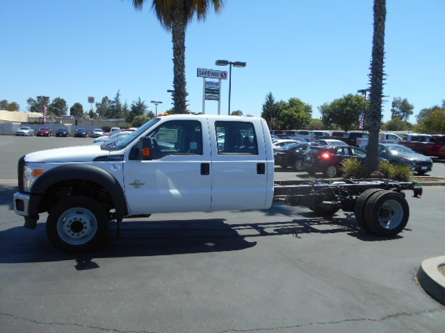 2016 F-550 Crew Cab DRW, Cab Chassis #49884 - photo 3