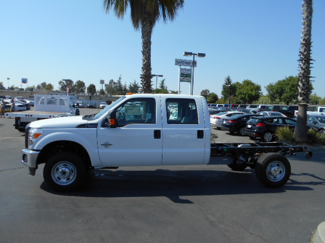2016 F-350 Crew Cab 4x4, Cab Chassis #49958 - photo 3