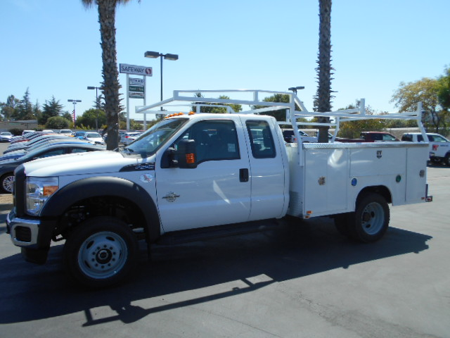 2016 F-550 Super Cab DRW 4x4, Harbor Service Body #50033 - photo 3