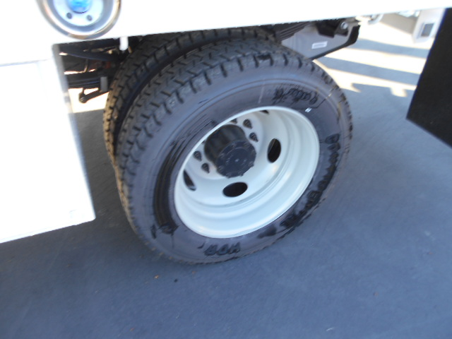 2016 F-450 Super Cab DRW 4x4, Scelzi Contractor Body #50215 - photo 11