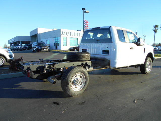2017 F-350 Super Cab 4x4, Cab Chassis #50383 - photo 2