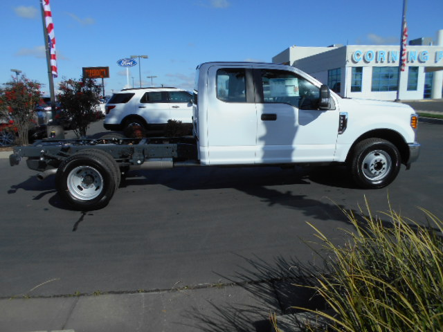 2017 F-350 Super Cab DRW, Cab Chassis #50427 - photo 7