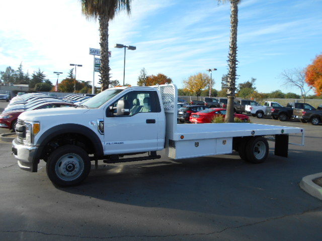 2017 F-550 Regular Cab DRW 4x4, Scelzi Flatbed #50616 - photo 3