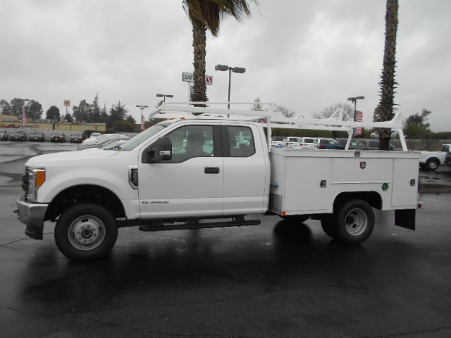 2017 F-350 Super Cab DRW 4x4, Scelzi Service Body #50707 - photo 3